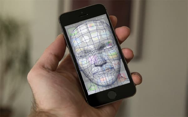 เปิดตัว iPhone8 6