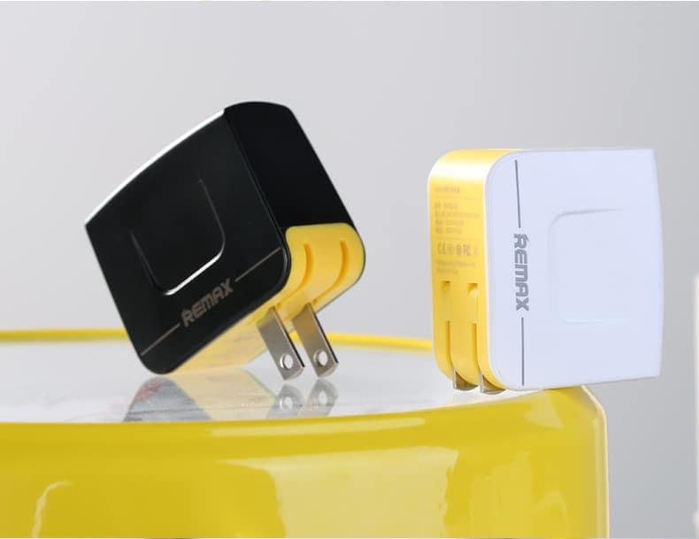 หัวชาร์จ Remax USB Charger 3.4A 2 ช่องชาร์จ รองรับมือถือทุกรุ่น 3