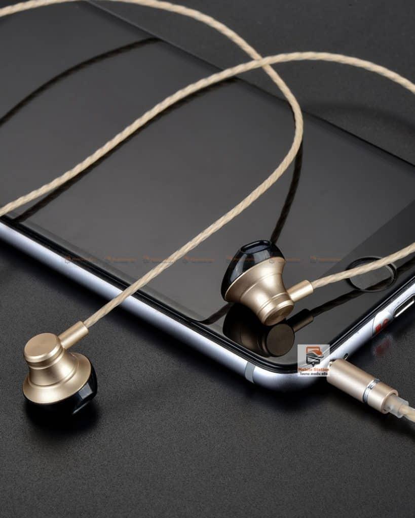 หูฟัง-Hoco-M18-Goss-Metal-พร้อมไมค์-ปรับระดับเสียง-1