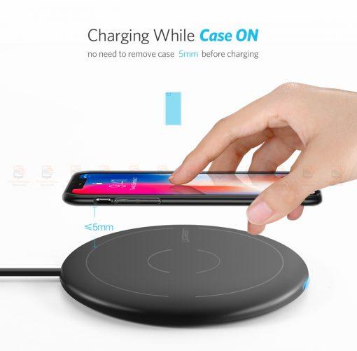 ที่ชาร์จไร้สาย Ugreen Wireless Charger for iPhone 8-X -8 Plus 10W Qi Fast Wireless Charging for Samsung Galaxy S8S-3