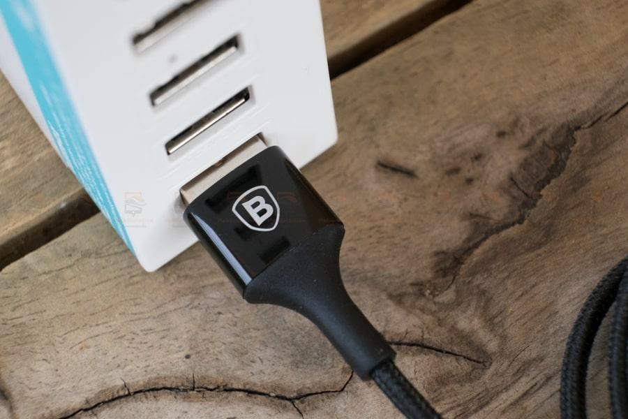 สายชาร์จไอโฟน Baseus LED Lighting USB Cable For iPhone X 8 6 7 Fast Charging Cable รูปสินค้าจริง-4