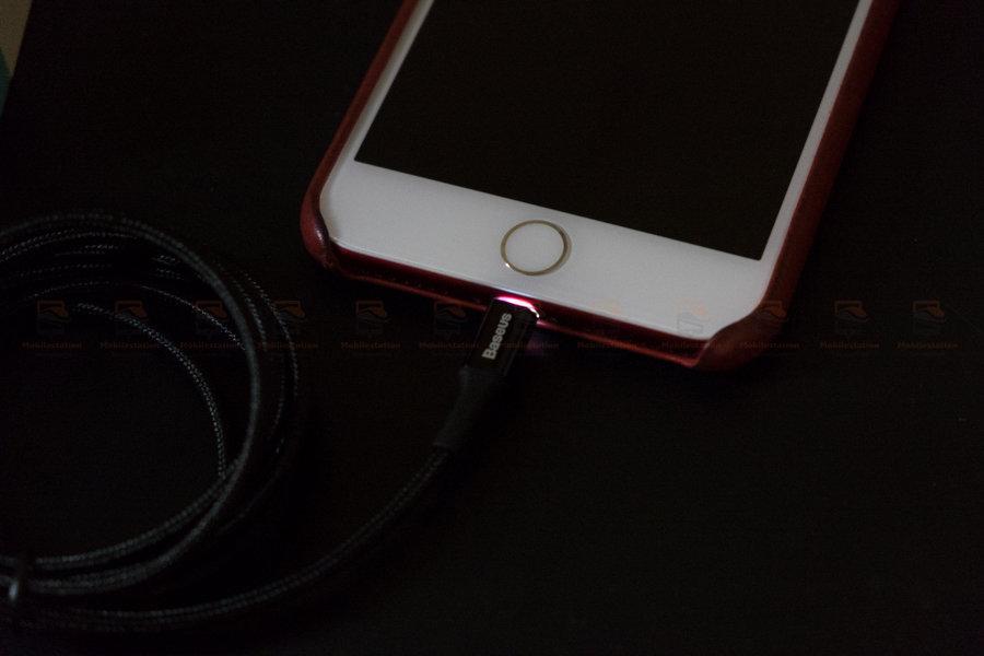 สายชาร์จไอโฟน Baseus LED Lighting USB Cable For iPhone X 8 6 7 Fast Charging Cable รูปสินค้าจริง-6