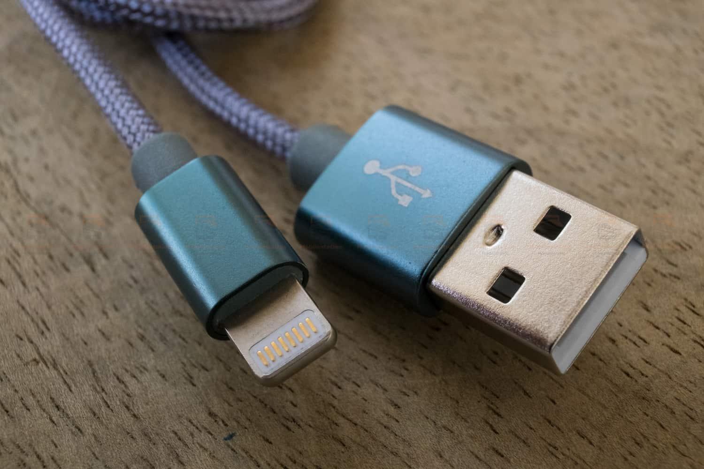 สายชาร์จไอโฟน ROCK For IPhone Cable IOS 11 10 9 For Fast Charger Lighting to USB Cables Charging 2.1A-2