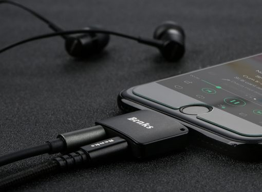 Lightning audio adapter แยก 1 เป็น 2 ฟังเพลง พร้อมชาร์จ Benks แท้ For iPhone 7 8 X_8
