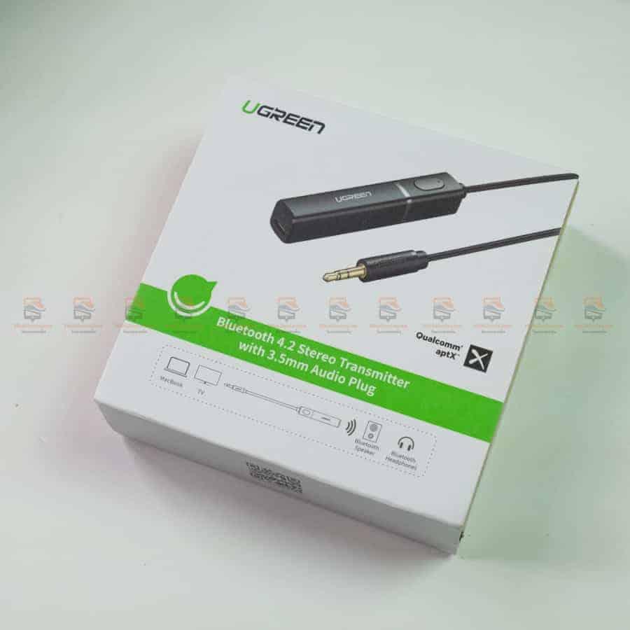 Ugreen Bluetooth Transmitter 4.2 APTX for TV 3.5MM Jack Audio Adapter Wireless Bluetooth Audio Transmitter for Headphones TV-PC สินค้าจริง