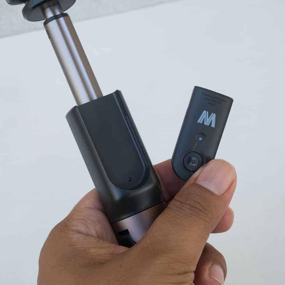 Selfie Stick Tripod Ulanzi-Bluetooth Remote for Smartphone