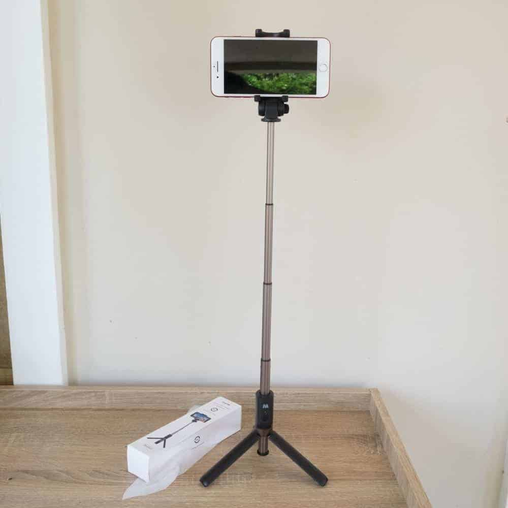 Selfie Stick Tripod Ulanzi-example for Smartphone 2
