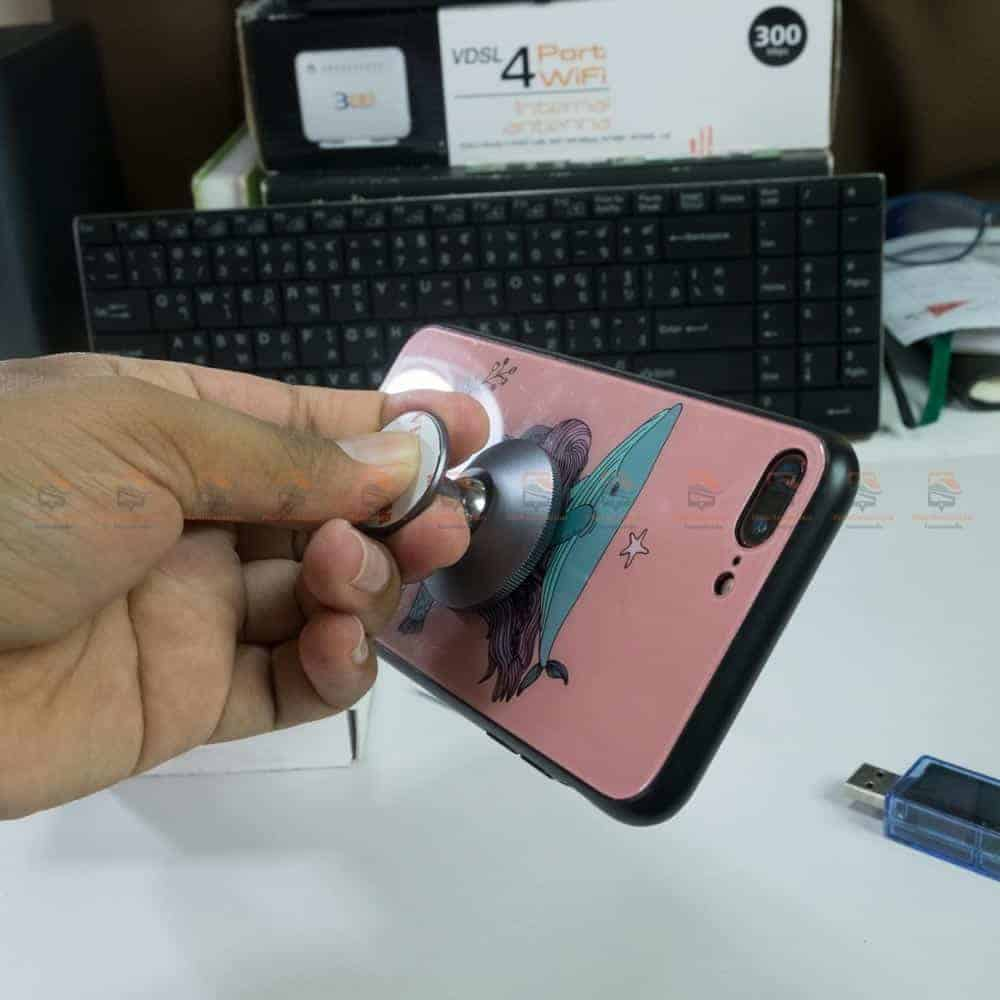 ที่ยึดโทรศัพท์ในรถ Ugreen Magnetic car Phone Holder-ยึดแน่น ไม่หลุก-3
