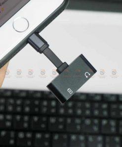 Lightning adapter for iPhone 7 8 X Xr ฟังเพลง ใช้ไมค์ได้ พร้อมชาร์จ ยี่ห้อ Suntaiho-ตัวอย่างใช้งาน