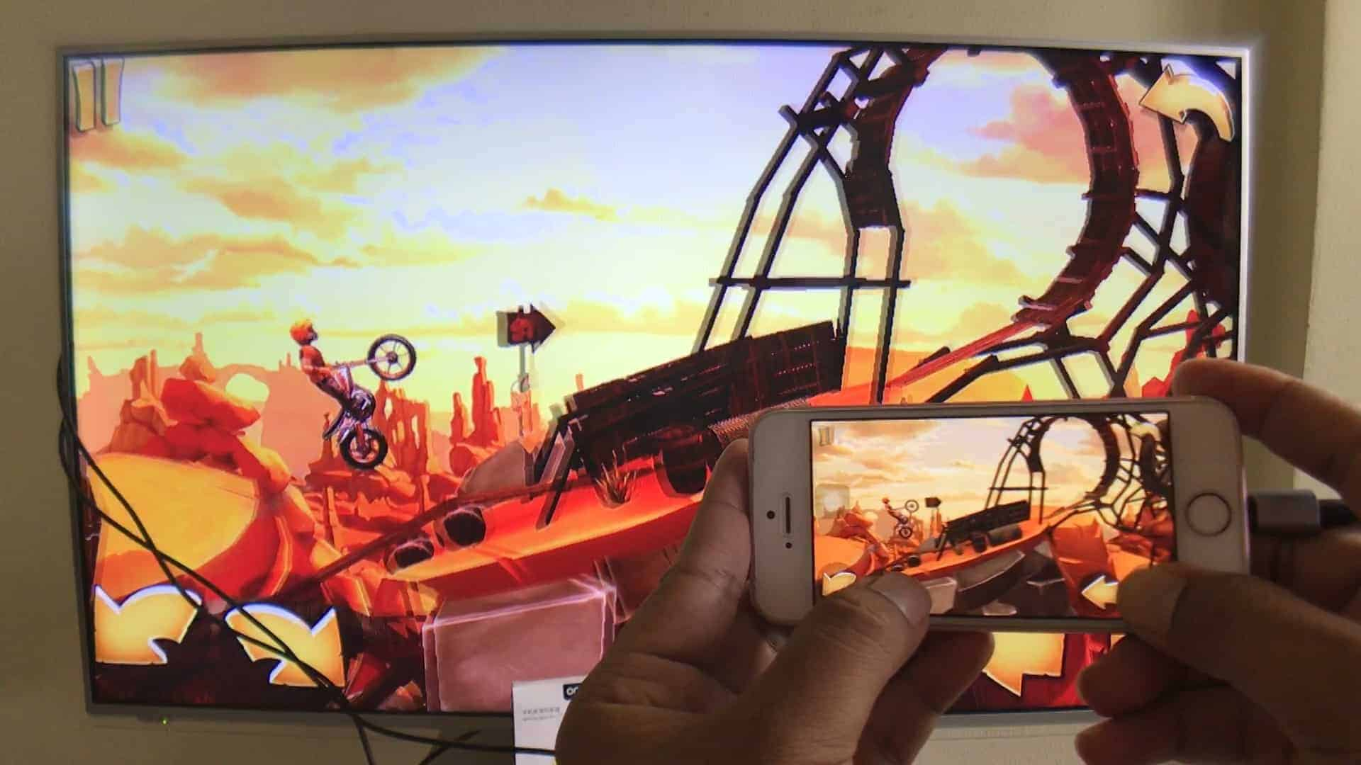 Lightning to HDMI Cable for iPhone-Update iOS 12 model7522n-Example of using play game
