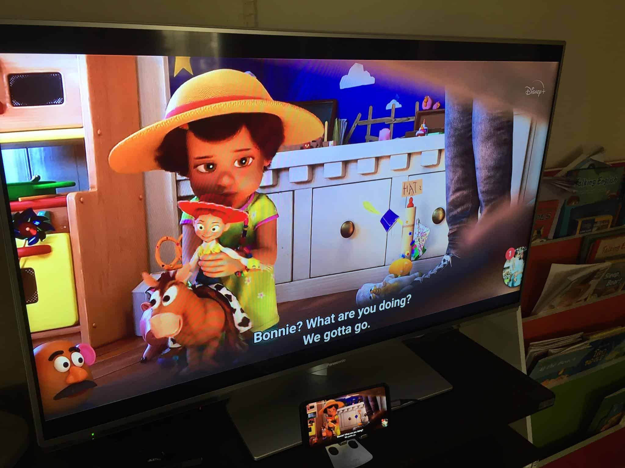 Phone to HDMI For Disney+ Hotstar Review 02